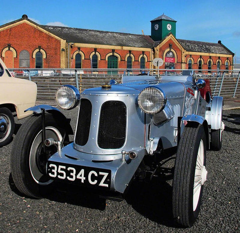 vintage car at the Titanic Experience Belfast at the Titanic Quarter