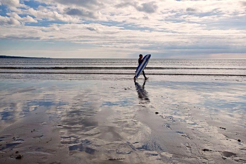 Surfing Ireland: Beach at Lahinch